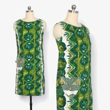 Vintage 60s Hawaiian DRESS / 1960s Green Barkcloth Cotton Novelty Pocket Shift Dress S