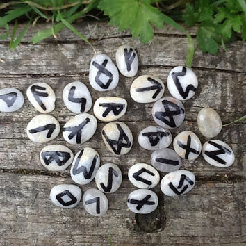 Runes, Elder Futhark hand made runes, pocket sized runes for divination, Nordic Asatru, Viking Germanic Heathen paganism, stone rune set