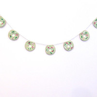 Green Christmas donut felt banner, dessert party banner, do-nut felt room banner, with green frosting and green, white and fuchsia sprinkles