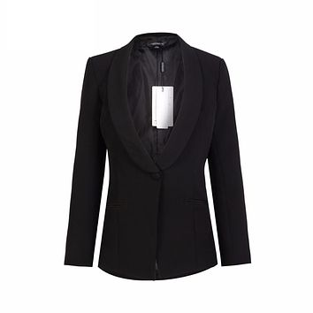 CLASSIC BLACK FITTED BLAZER