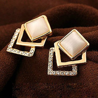 Luxury Korean Accessory Diamonds Hollow Out Cats Earring Jewelry [6586058055]