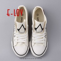 Hot 2017 New Assassins Creed Cool Men's Shoes Couples Hand Painted Canvas Shoes Boys Men Spring Fashion Casual Shoes Big Size