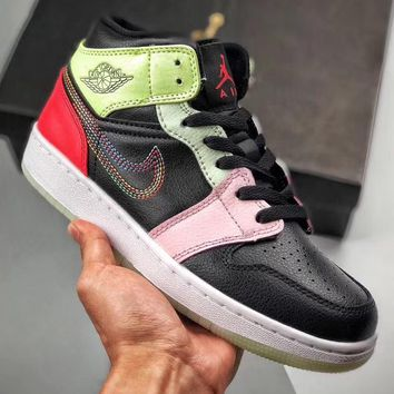 Trendsetter Air Jordan 1 Mid Women Men Fashion Casual High-Top Old Skool Shoes