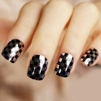24 PCS Plaid Pattern Nail Art False Nails