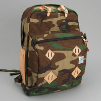 epperson mountaineering - hiking day pack mil spec woodland camo