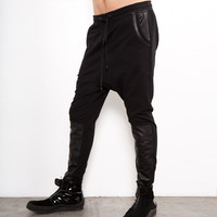 DROP CROTCH PANTS IN BLACK