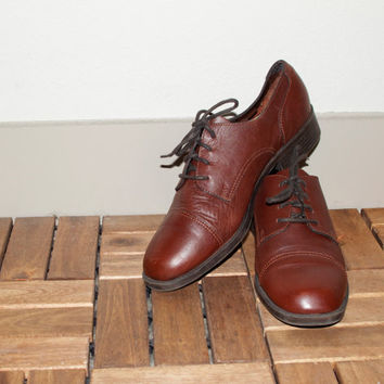 Brown Leather Lace Up Hipster Women's White Mountain Oxford Shoes 9