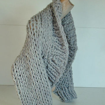 Super chunky knit shrug crop cardi cardigan sweater shawl collar small extra small women  in dove grey