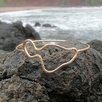 Maui Bangle, Gold Hammered Bracelet, Island Style, Surfer Girl, Hawaii Beach Jewelry, Summer Fashion