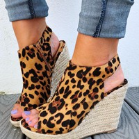 Dare To Be Different Wedges: Multi