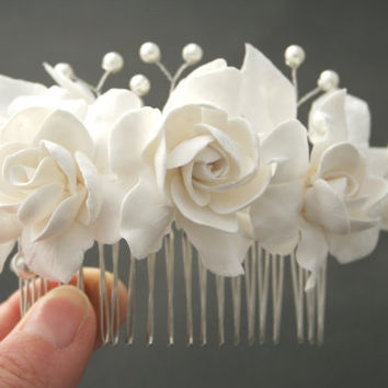 Bridal headpiece, Bridal flower comb, Bridal hair flower, Wedding flower comb, Bridal pearl comb, Gargenia comb, Bridal hair accessories