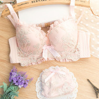 Sexy female deep V-neck sweet push up underwear women's 4 breasted lace bra set fresh Japanese brand young girls lingerie set