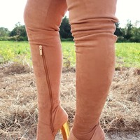 Gather Here Boots: Tan/Gold