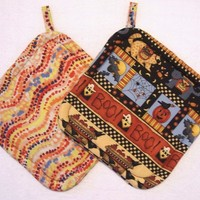 Halloween Time  -  Insulated Potholders - Set of 2 - Hot Pads, Trivets, Fall, Autumn, Pumpkins