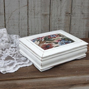 White shabby chic jewelry box