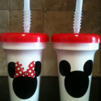 5 Mickey or Minnie party favor cups with red lid and clear straw