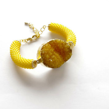 Yellow druzy agate stone bangle bracelet - contemporary jewelry - beaded cord agate stone statement bracelet