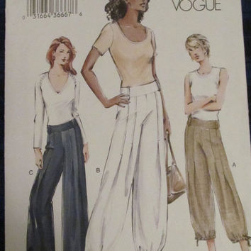 SALE Uncut Vogue Sewing Pattern, 7736! Size 12-14-16 Medium/Large, Women's/Misses, Pants/Bottoms/Ankle Bottoms, Sweats