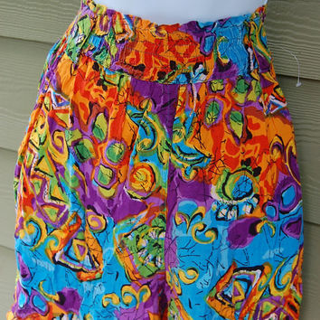 Vintage 80s Abstract Bright Tribal Ethnic Boho African Print Baggy Super High Waisted Rayon Shorts Size Medium