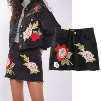 Fashion Sexy Embroider Roses Black High Waist Short Skirt