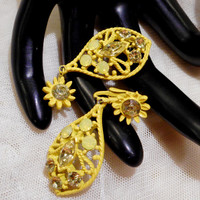 Pretty Vintage Yellow Opaque and Light Cirtrine Colured  Rhinestone Yellow Enamel Dangle Earrings