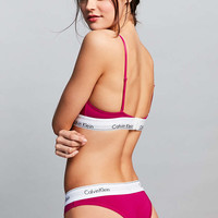 Calvin Klein Modern Cotton Pink Bikini Knickers - Urban Outfitters