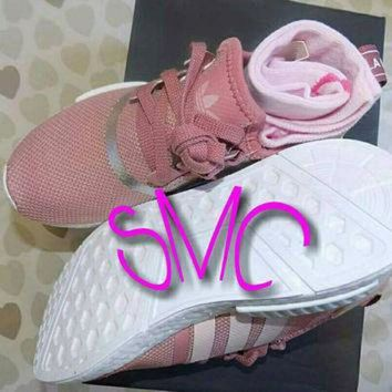 ESB9N Adidas Nmd R1 Painted Shoes Adidas Sneakers Original Raw Pink Silver Metallic Tinted S