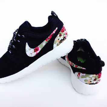 n074 - Nike Roshe Run (Floral Prints from shopzaping.com  3ed240c3b432