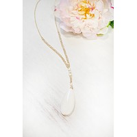 Sunburst Stone and Pearl Necklace |White
