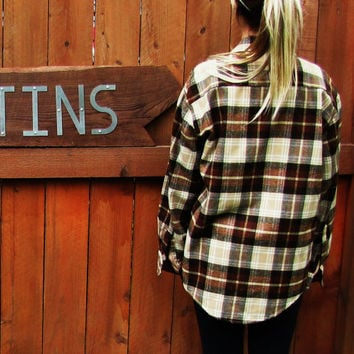 vintaged oversized plaid grunge flannel hipster lumberjack work shirt. Northwest Territory