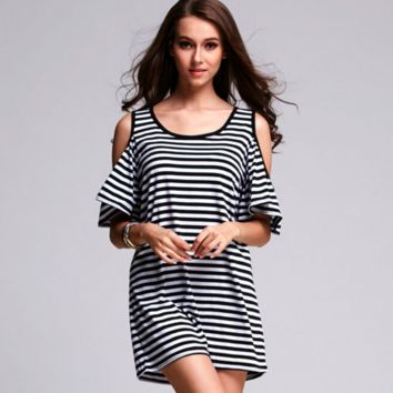 Summer Black and White Striped Strapless Flounced Dress