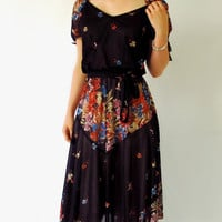 Vintage Boho Dress 1970s Hippie Mid Length by ItchforKitsch