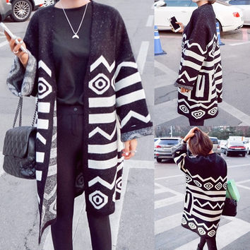 Women Geometric Pattern  Cardigan  Sweater Jacket Long Section Coat Vintage Style (Color: Multicolor) = 1667699460