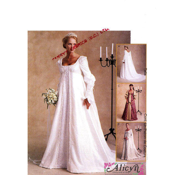 Plus Size Wedding Gown Patterns: Renaissance Faire Wedding Dress Gown From HeyChica On Etsy