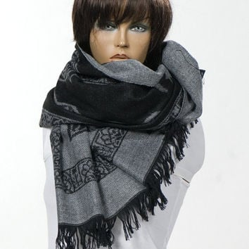 Black and Gray Oversize Scarf or Shawl. Fall Unisex accessores. Autumn Shawl. Winter Long Scarf. Blanket Scarf.