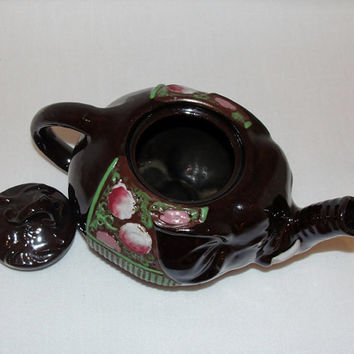 Elephant teapot made in Japan