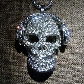 DJ Headphones Skull Head Pendant Necklace Mens Jewelry Silver Black Swarovski