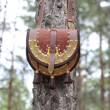 Medieval bag made of genuine leather with embossing, LARP Bag, Cosplay leather bag