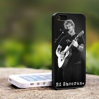 Ed Sheeran Perform - For iPhone 5 Black Case Cover