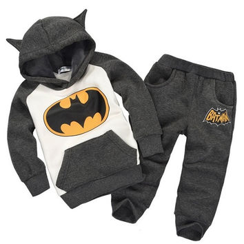 New boys tracksuit 2014 Autumn-winter thicken warm children's clothing sets Halloween 2-5 year boys girls cartoon batman sport suit long sleeve hoodies and pants = 1927880004