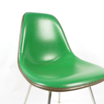 Bright green Herman Miller fiberglass Eames chair, free shipping in USA