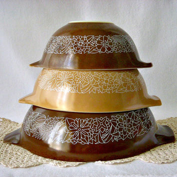 Vintage Pyrex Cinderella Mixing Bowl Set, Pyrex Woodland 444 443 442, Pyrex Corning, Brown and Tan Nesting Bowls, Retro Kitchen Bowls