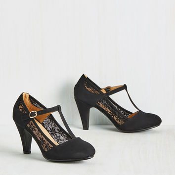 Romance on Air Heel in Noir | Mod Retro Vintage Heels | ModCloth.com