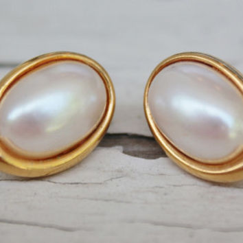 Gold Pearl Earrings, Oval Chic, Wedding Earring