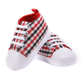 2017 Infant First Walker Toddler Newborn Baby Boys Girls Soft Sole Crib Casual Shoes Sneaker 0-18M