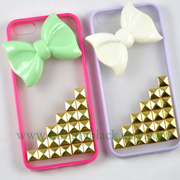 Antique Gold Pyramid Studs and Bow iPhones case, Studded Iphone 5 case, iPhone 4 /4s case, Hard Clear case silicone frame cell phone case