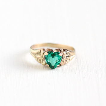 Vintage Art Deco 10k Yellow Gold Children's Simulated Emerald Heart Ring - 1930s 1940s Children's Baby Flower Design Fine Jewelry , BDA