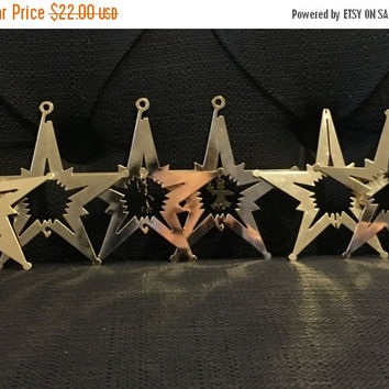 5 DAY SALE (Ends 2/6) Vintage set of 3 1979 Lillian Vernon Lillikins brass finish 5 point star ornaments