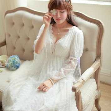 CREYONHS Noble Sleepwear Lace Dress Gown Elegant Nightgown Princess Dress Dress Vintage Lace Gown Bride Bridesmaid Nightgow High Quality