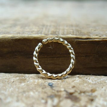 Septum Ring Gold Dotted Twist